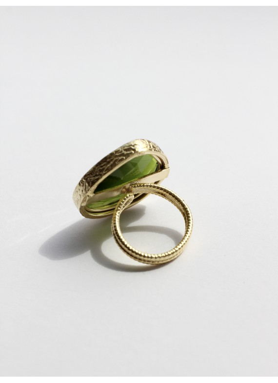 CAT EYE GREEN RING