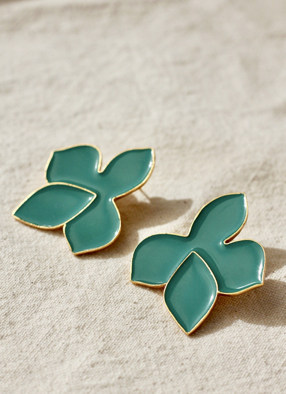 GREEN FRANGIPANI EARRINGS