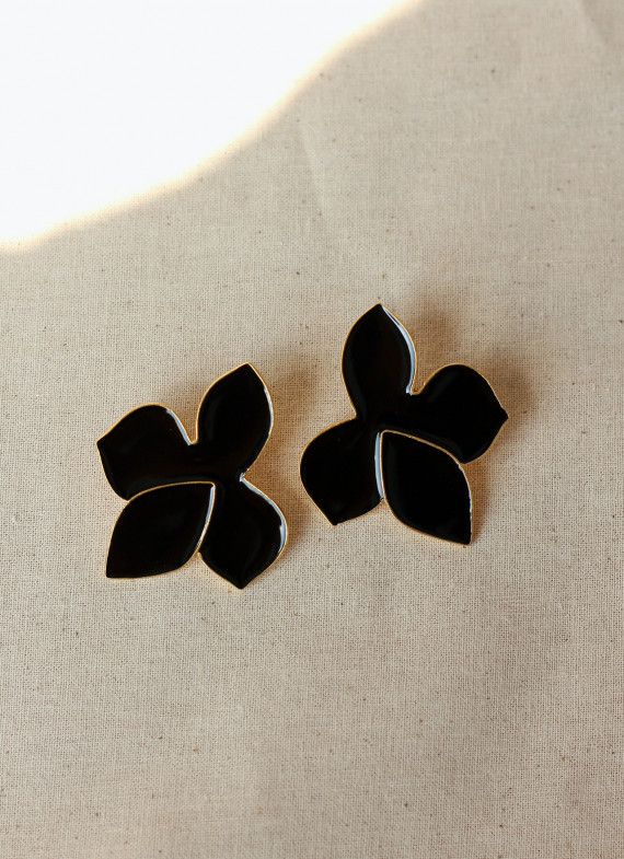 FRANGIPANI EARRINGS BLACK